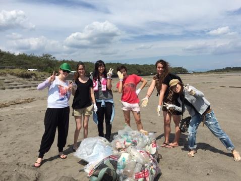 beach clean (1)